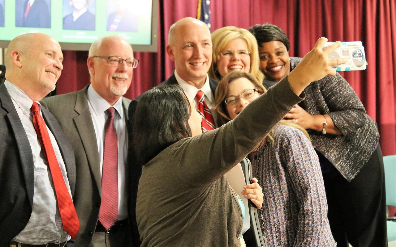 Judicial selfie