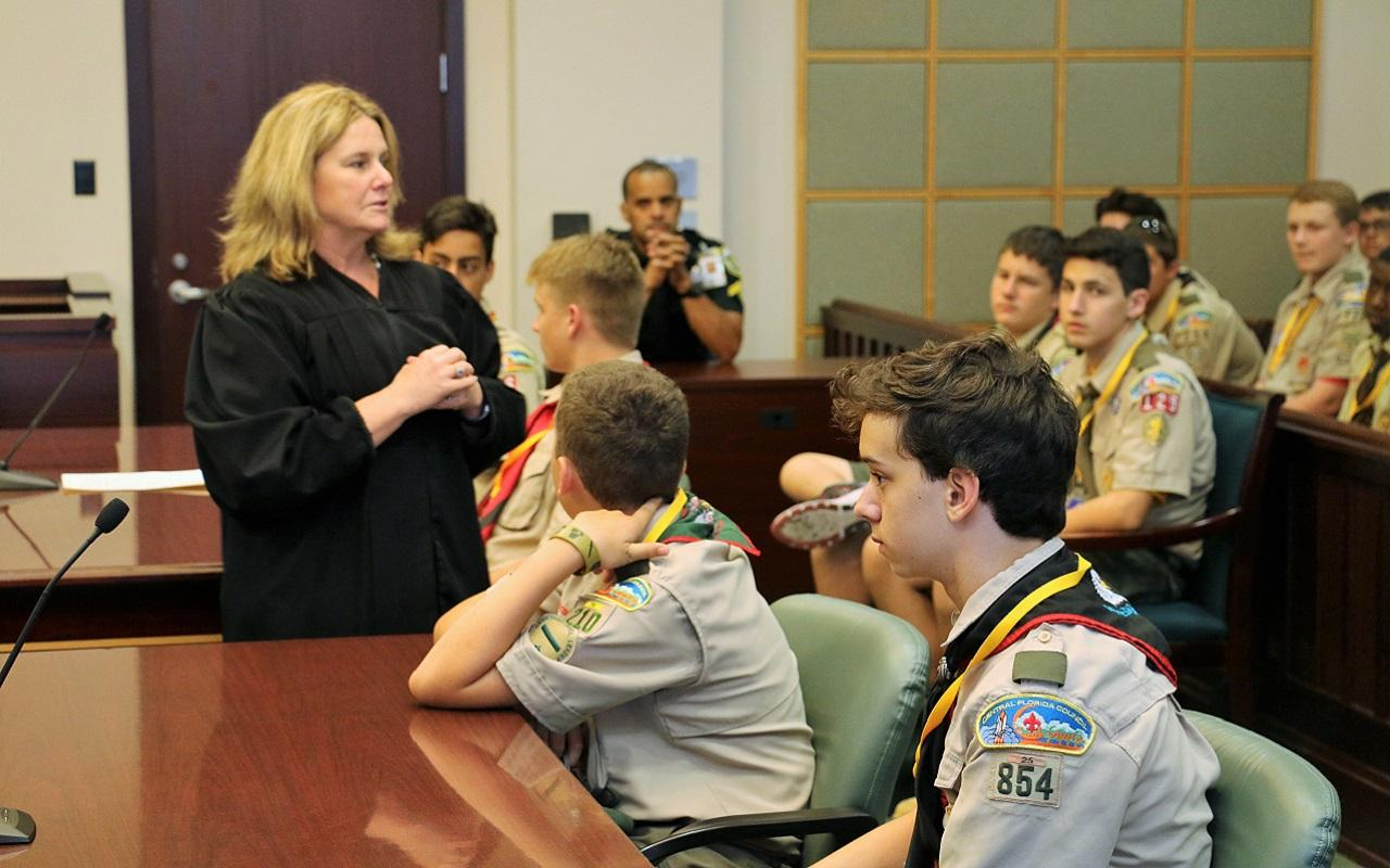 Circuit Judge Lisa Munyon talks to Boy Scouts